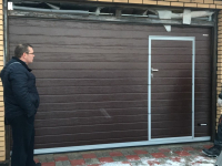 Гаражные подъёмно-секционные ворота Doorhan RSD02 в Янино-2