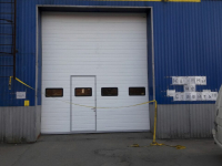 Промышленные подъёмно-секционные ворота в Парголово