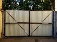 Уличные распашные ворота Doorhan на Гагарина в СПБ