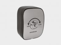 Ключ-кнопка KEYSWITCH-N для подачи управляющей команды на блок управления автоматической системы с помощью поворота ключа.
