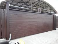 Ворота гаражные подъёмно-секционные Doorhan серии RSD02 в Рощино