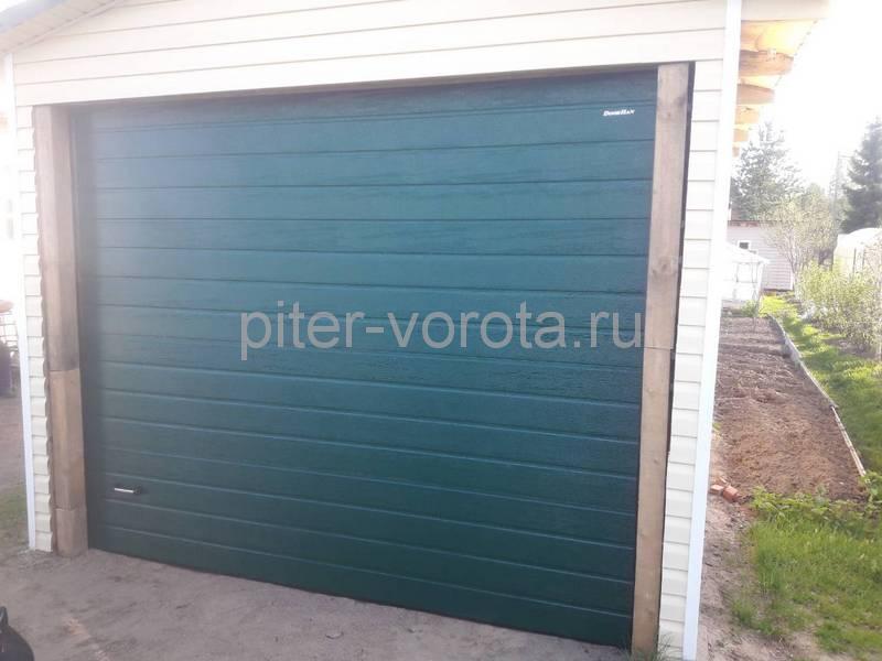 Гаражные подъёмно-секционные ворота Doorhan RSD01 в Сосновом бору