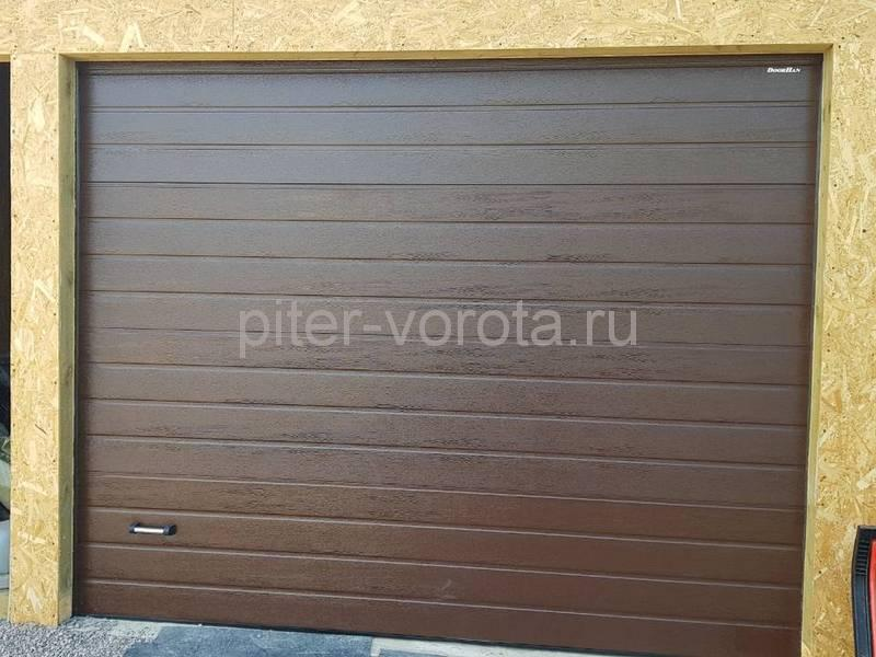 Гаражные подъёмно-секционные ворота Doorhan RSD02 в Приветнинском