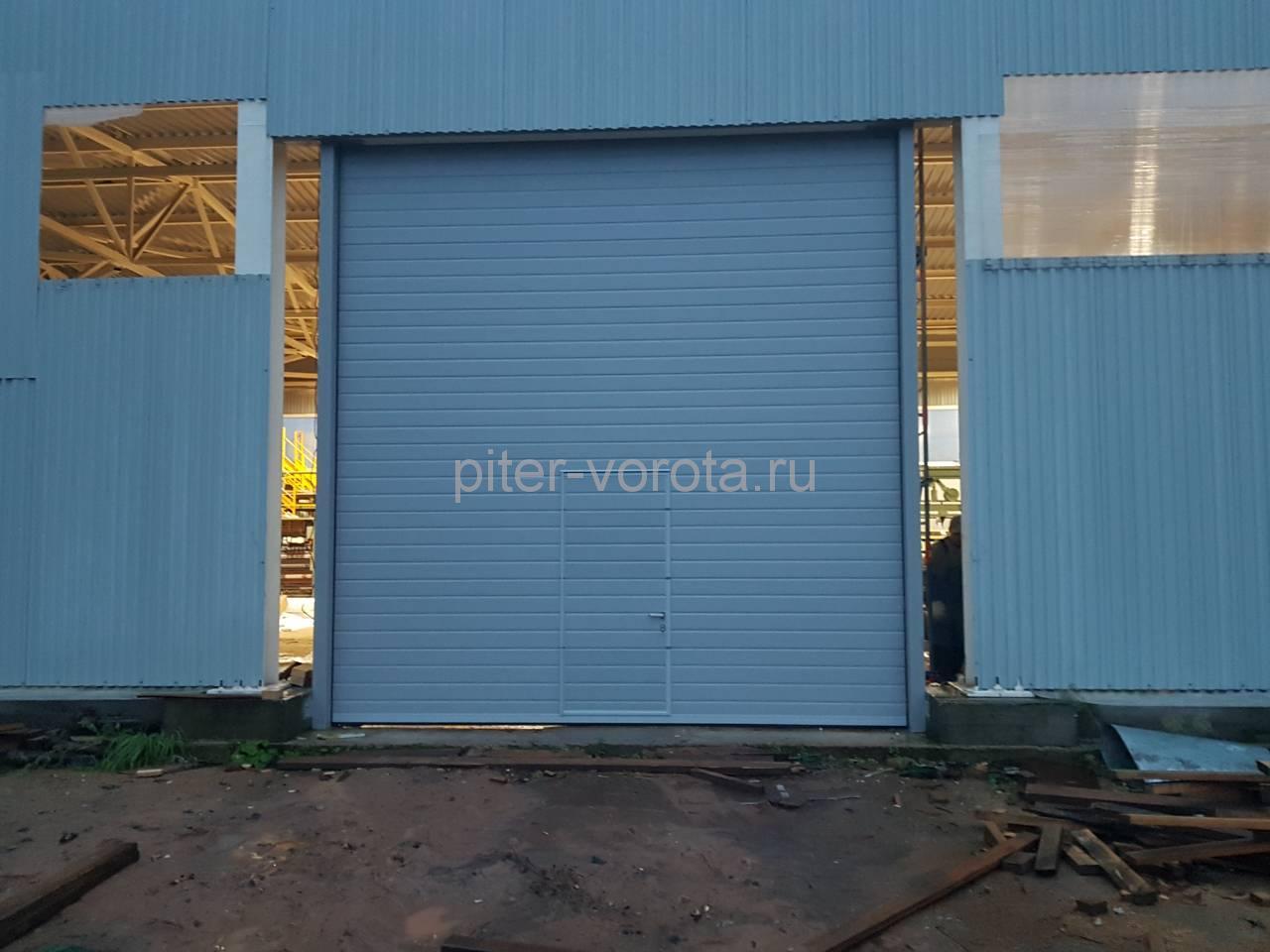 Ворота промышленные подъёмно-секционные Doorhan серии ISD01 в Серебрянском