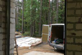 Ворота гаражные подъёмно-секционные Doorhan серии RSD02 в Васкелово фото 5 после