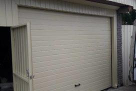 Ворота гаражные подъёмно-секционные Doorhan серии RSD02 в СНТ Звезда фото после
