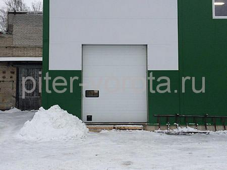 Гаражные подъёмно-секционные ворота в Санкт-Петербурге, ул. Химиков