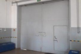 Ворота промышленные подъёмно-секционные Doorhan серии ISD01 в Пикалёво фото 2 до
