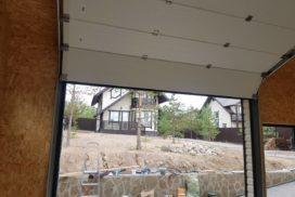 Ворота гаражные подъёмно-секционные Alutech Classic в Семиозёрье фото 2