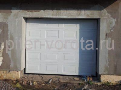 Гаражные подъёмно-секционные ворота Alutech Prestige в Кискелово, фото 1