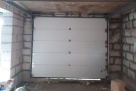 Гаражные подъёмно-секционные ворота Alutech Prestige в Кискелово, фото 4