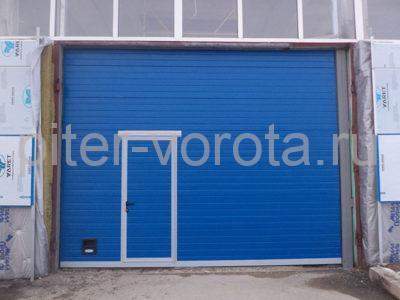 Промышленные секционные ворота DoorHan ISD01 8000 х 4000