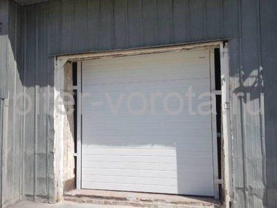 Гаражные подъёмно-секционные ворота Doorhan RSD02 на Софийской, фото 1