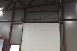Четыре комплекта промышленных подъёмно-секционные ворот DoorHan ISD01 и гаражных RSD02 в Мурино, фото 12