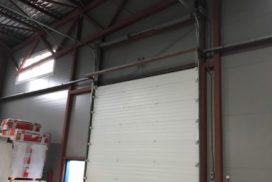 Четыре комплекта промышленных подъёмно-секционные ворот DoorHan ISD01 и гаражных RSD02 в Мурино, фото 13