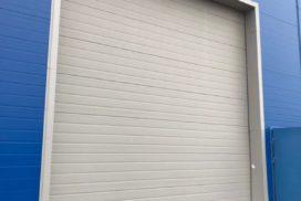 Четыре комплекта промышленных подъёмно-секционные ворот DoorHan ISD01 и гаражных RSD02 в Мурино, фото 2