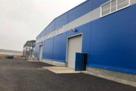 Четыре комплекта промышленных подъёмно-секционные ворот DoorHan ISD01 и гаражных RSD02 в Мурино, фото 4