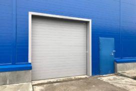 Четыре комплекта промышленных подъёмно-секционные ворот DoorHan ISD01 и гаражных RSD02 в Мурино, фото 8