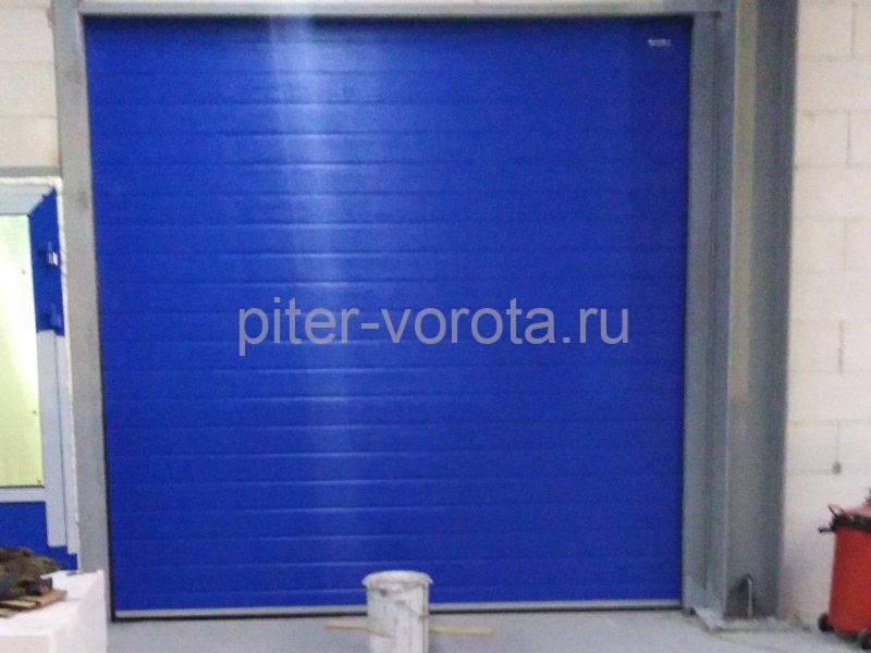 Ворота промышленные подъёмно-секционные DoorHan ISD01 в Порошкино