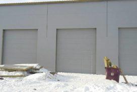 Промышленные подъёмно-секционные ворота DoorHan ISD01 в Шушарах, фото 2