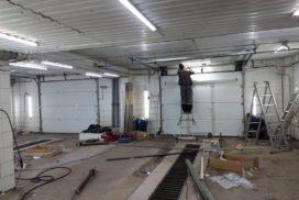Промышленные подъёмно-секционные ворота Alutech серии Protrend на В.О., фото 2