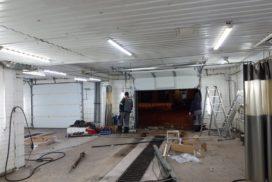 Промышленные подъёмно-секционные ворота Alutech серии Protrend на В.О., фото 4