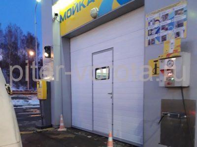 Гаражные подъёмно-секционные ворота DoorHan RSD02 в п.Парголово, фото 1