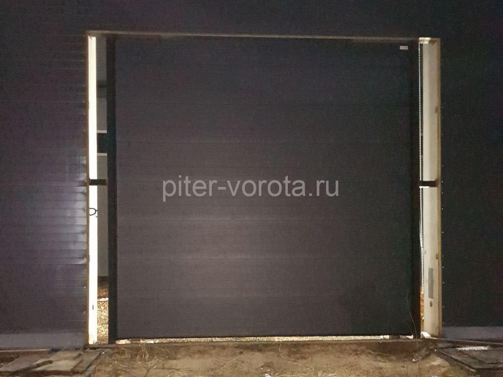 Ворота промышленные подъёмно-секционные Alutech ProTrend в р-не Новый свет