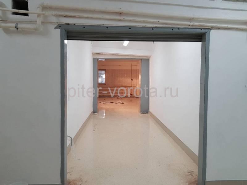 Роллетные ворота DoorHan RH77M в Гатчине