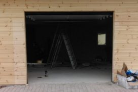 Гаражные подъёмно-секционные ворота DoorHan RSD01 в Агалатово, фото 6