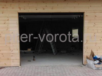 Гаражные подъёмно-секционные ворота DoorHan RSD01 в Агалатово, фото 1