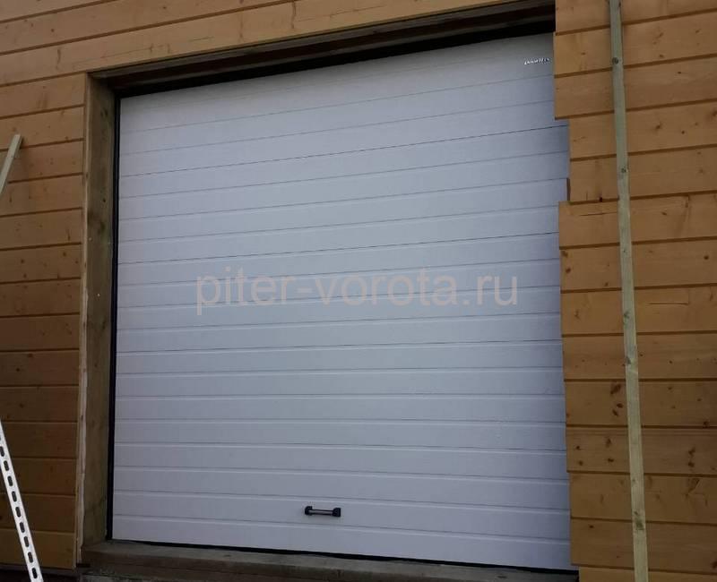 Гаражные подъёмно-секционные ворота DoorHan RSD01 в ДНП Озёрный Кот