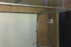 Гаражные подъёмно-секционные ворота DoorHan RSD01 в Семиозерье, фото 2