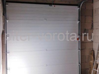Гаражные подъёмно-секционные ворота DoorHan RSD02 в Лапухинке, фото 1