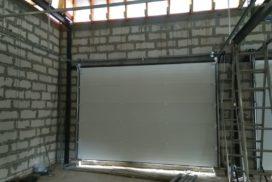 Гаражные подъёмно-секционные ворота DoorHan RSD02 в Отрадном, фото 3