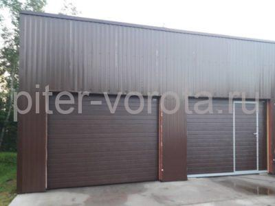 Гаражные подъёмно-секционные ворота Doorhan RSD02 в Сортавале, фото 1