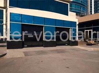 Использование ворот Dynaco в промышленных помещениях