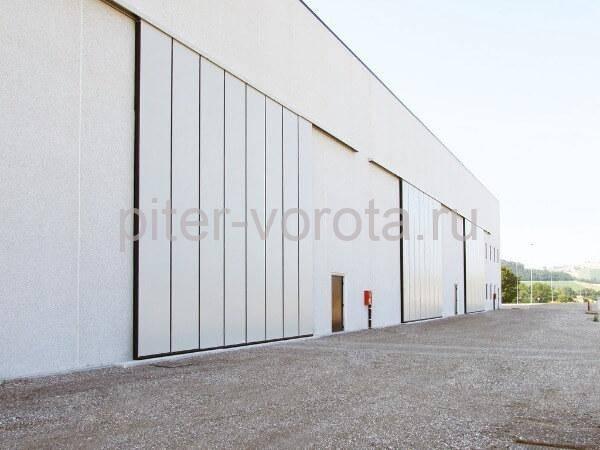 Вариант монтажа откатных ворот с внешней стороны
