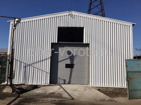 Промышленные подъёмно-секционные ворота в Санкт-Петербурге, ул. Воздухоплавательная